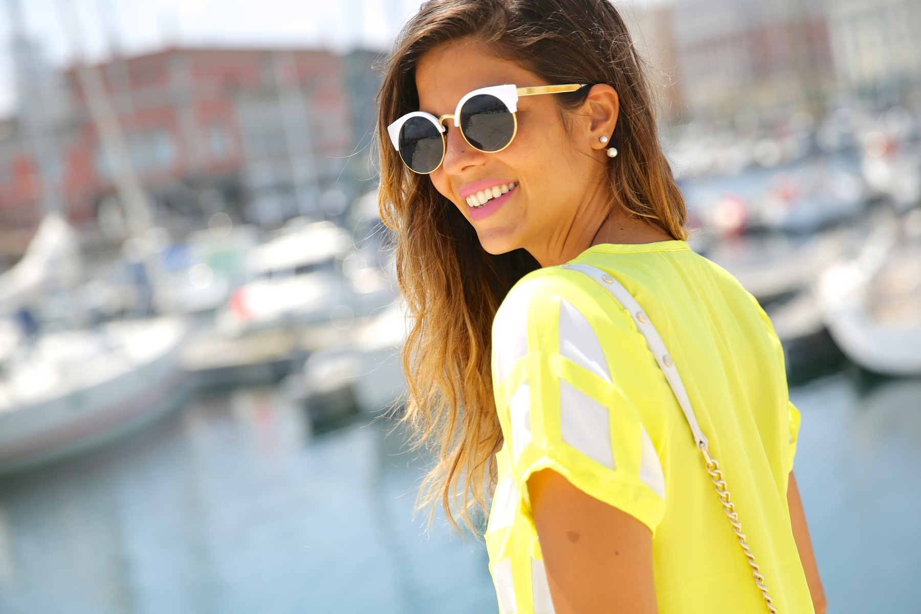 trendy_taste-look-outfit-street_style-ootd-blog-blogger-moda_españa-fashion_spain-coruña-galicia-sandalias_plataforma-platform_sandals-rebecca_minkoff-yellow-amarillo-vestido-dress-plaid-cuadros-3