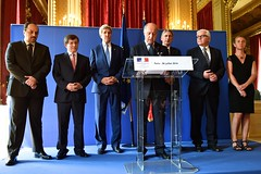 U.S. Secretary of State John Kerry joins French Foreign Minister Laurent Fabius and his counterparts from Germany, Italy, Qatar, Turkey and the U.K. at the Quai d'Orsay in Paris, France, on July 26, 2014, for a joint statement after a group meeting about a cease-fire in the fighting between Israel and Hamas in the Gaza Strip. [State Department photo/ Public Domain]