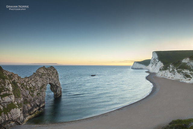 Durdle door sunset flickr photo sharing - Beautiful panoramic view house to take full advantage of the scenery ...