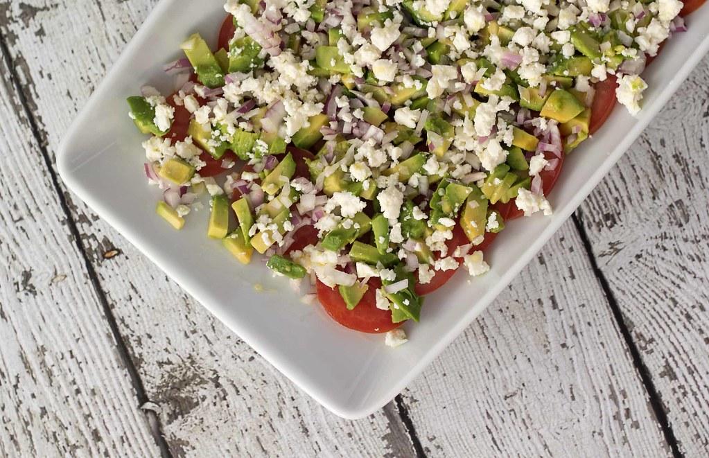Tomatsalat med avokado og feta (5)