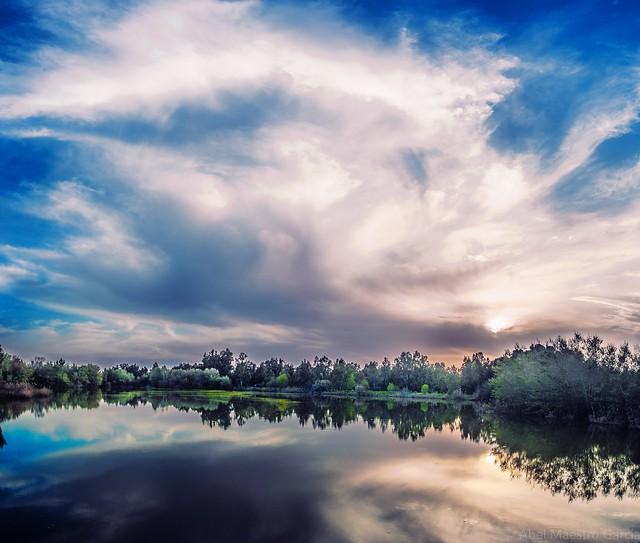 Cielo de mármol -- Marble sky
