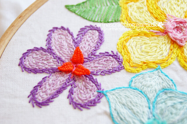 Embroidery flowers with 3D details