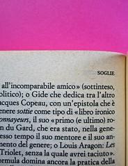 Soglie, di Gérard Genette. Einaudi 1989. Responsabilità grafica non indicata [Munari]. Indicazione del titolo del volume (a sinistra in alto alle pagine pari): pag.: 242 (part.), 1