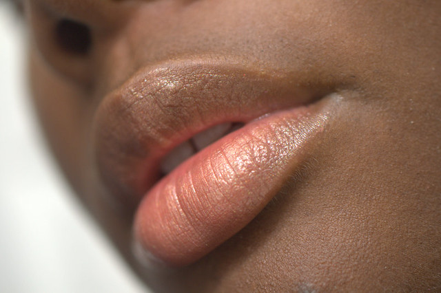 GLOSSYBOX Bellapierre Cosmetics on lips