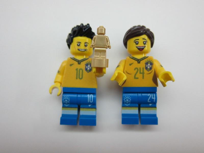Brazil LEGO Minifigs - Mine