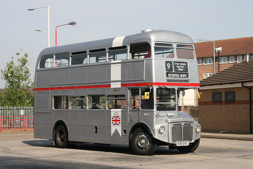 Tower Transit SRM3 on Route 9H, Becontree Heath (9H/15H Running Day)