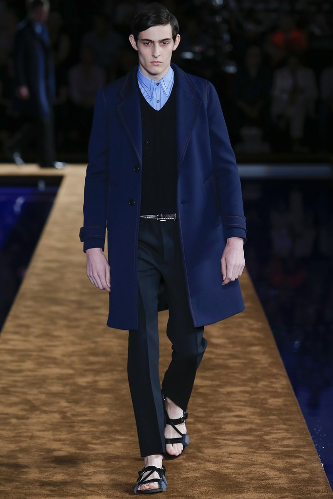SS15 Milan Prada026_Rhys Pickering(VOGUE)