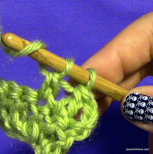 Stitchopedia-Getting-Started-Double-Crochet-7