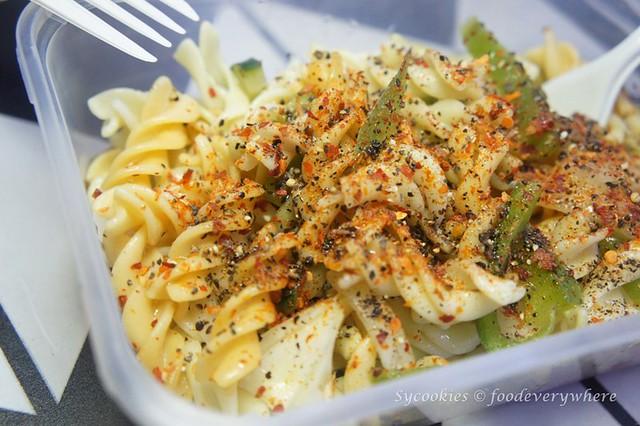 3.la famiglia pasta truck -Colombo Pasta Salad (3)