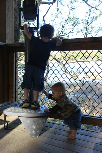 Elizabeth Hartwell Mason Neck Wildlife Refuge - Woodmarsh Trail - Sagan and Dyson Play with Telescope