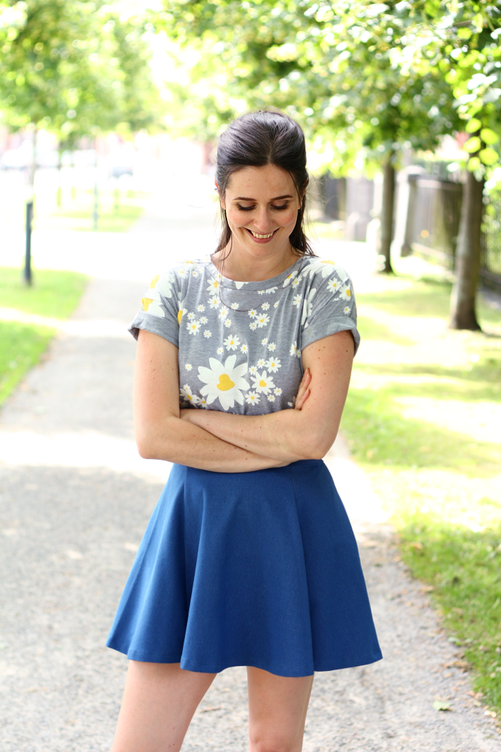 daisy print t-shirt denim skater skirt
