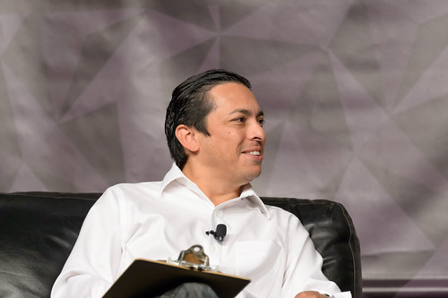 Brian Solis Interviewing Jacques Panis at SxSW V2V 2014 by Geoff Livingston