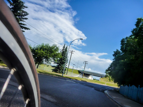Wheel and Clouds @ 1100km
