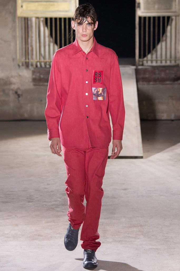 SS15 Paris Raf Simons028_Georges De Saint Mars(VOGUE)