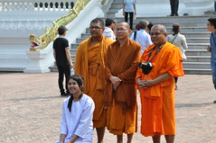A closer view of the group photo being taken by the monks