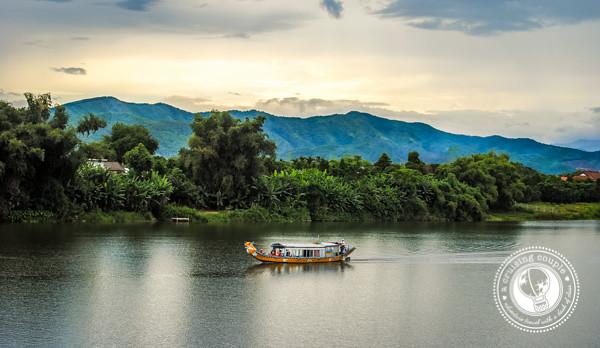 Longboat Vietnam