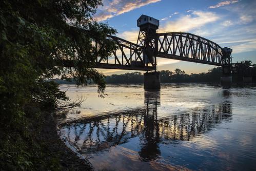 "bridge ""Katy Bridge"" ""railroad bridge"" ""rail bridge"" ""Boonville Missouri"" boonville ""Missouri River"" water sky clouds sunset ""warm light"" July 2014 Summer Notley ""Notley Hawkins"" 10thavenue ""cooper county"" river rivière río reflection reflexión Reflexion odraz eftertanke missouri http://www.notleyhawkins.com/ ""Missouri Photography"" ""Notley Hawkins Photography"" ""Rural Photography"""