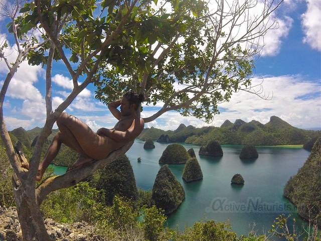 naturist 0010 Raja Ampat, Papua, Indonesia