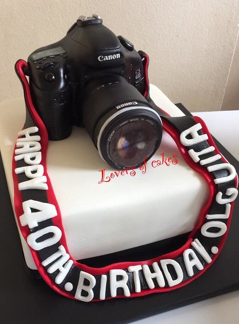 Camera Cake by Liliana Montoya