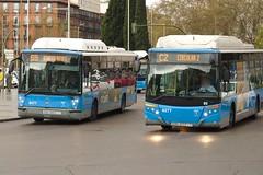 """EMT de Madrid 8277 y 8477 haciendo una """"carrera"""" por Atocha"""