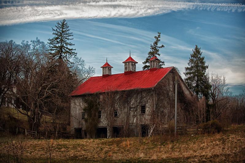 Abandoned Barn at Selma Manor