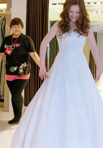 豐腴女孩也能挑到漂亮婚紗12