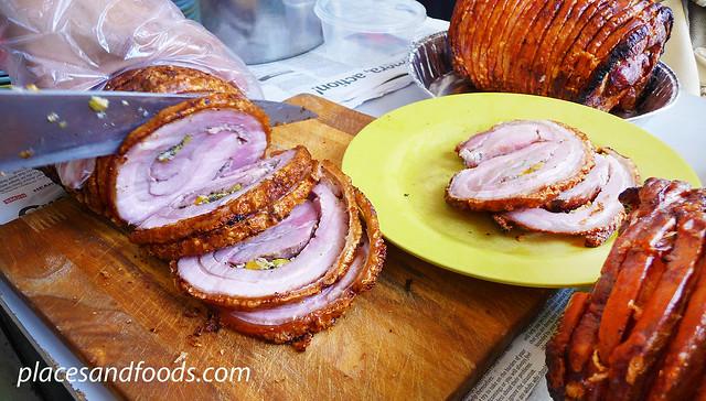 yut kee cutting pork rolls