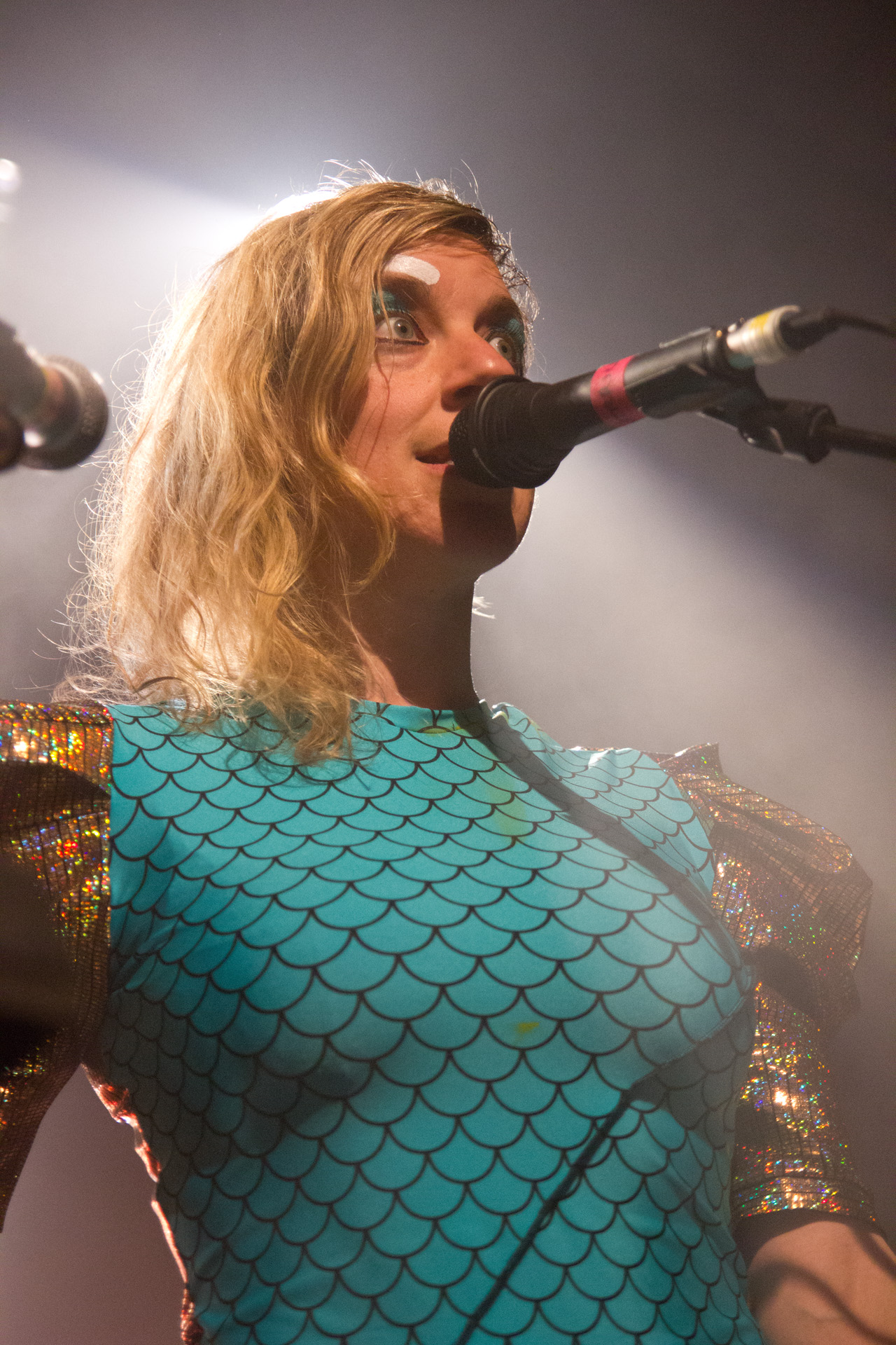 tUnE-yArDs @ Village Underground, London 12/05/14