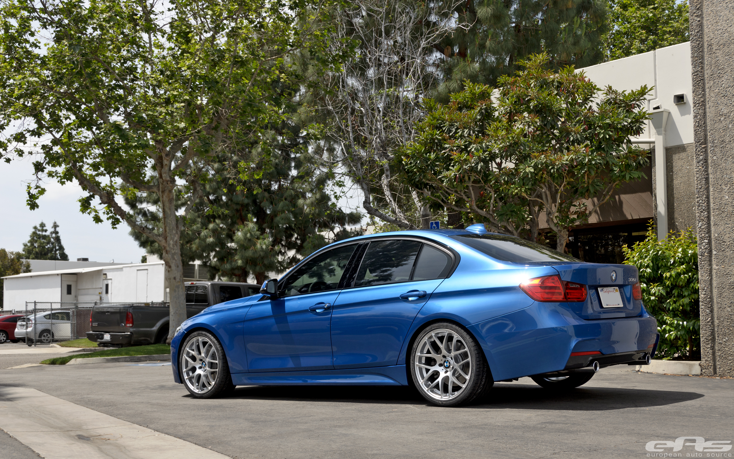 Vmr V710 Wheels Installed On Estoril Blue 335i Bmw
