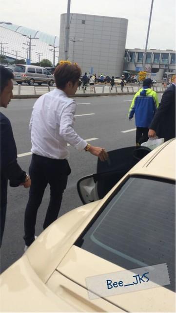 [Pics-2] JKS returned from Beijing to Seoul_20140427 14012022666_344ffc8ed5_z