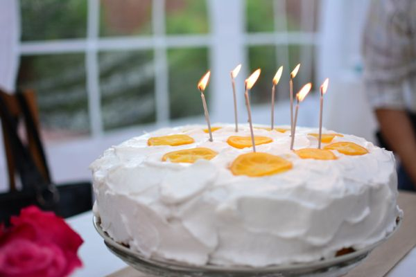 May Celebrations - Lemon Cake