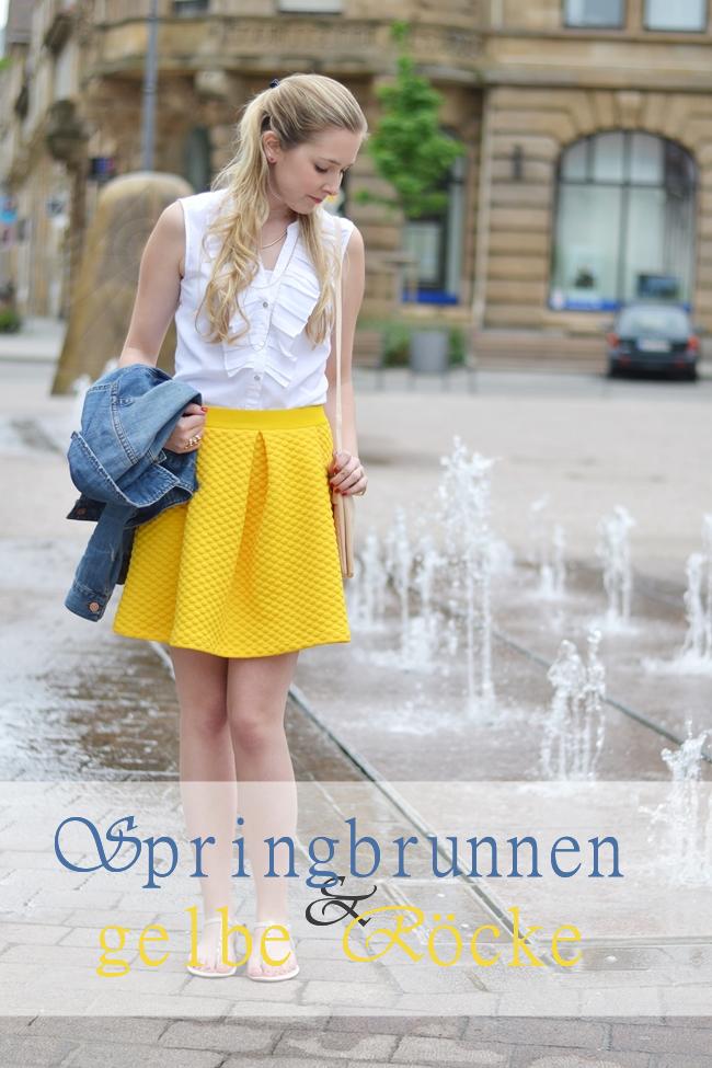 Springbrunnen und gelbe Röcke Banner