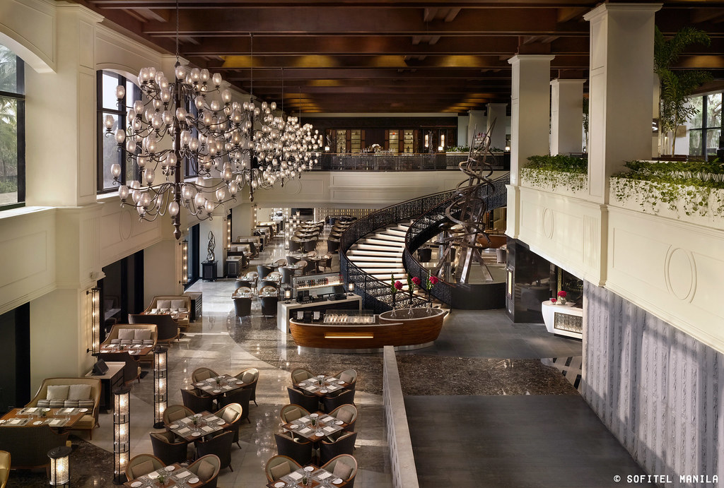 14133830492 3aff345c65 b - Getting to know Sofitel's new and improved Spiral