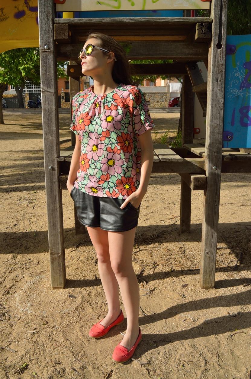 lara-vazquez-madlula-blog-style-fashion-streetstyle-flowers
