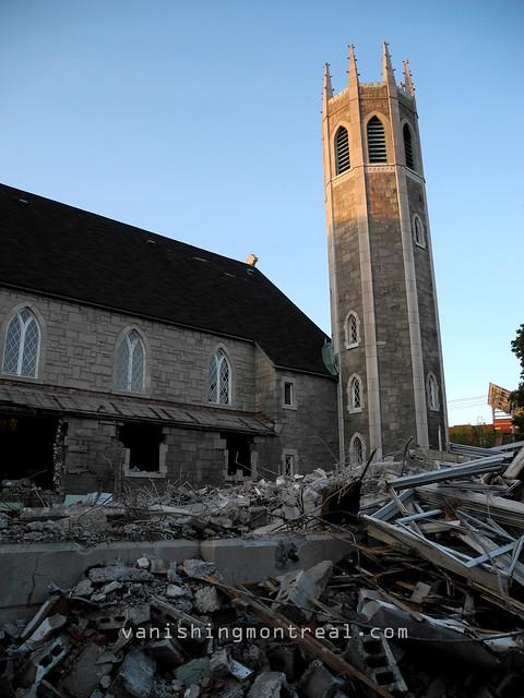 Eglise Notre-Dame-de-la-Paix demolition 16