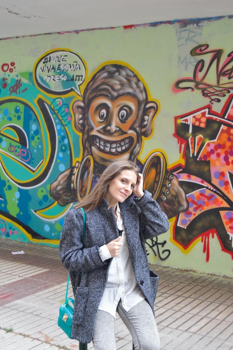lara-vazquez-madlula-blog-style-grey-green-fashion