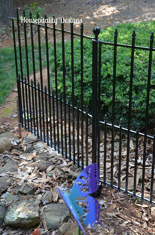 No dig fencing