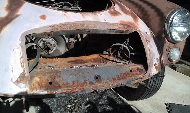 MM MGA Wing and Brake Removal3