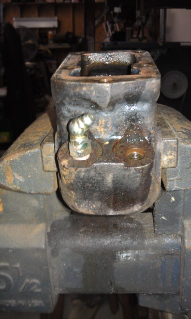 MM MGA Wing and Brake Removal8.jpg