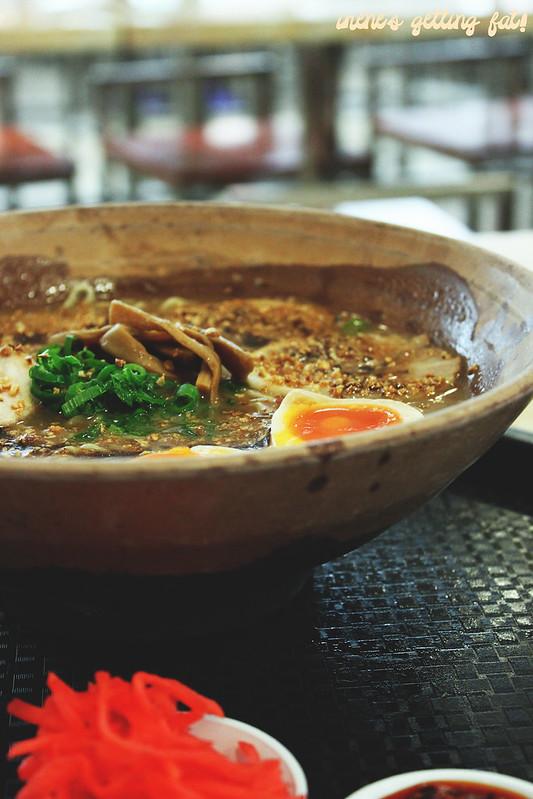 gumshara-garlic-tonkotsu-ramen2