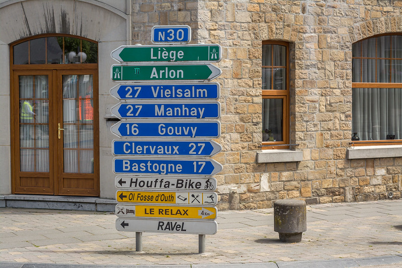 Houffalize signs