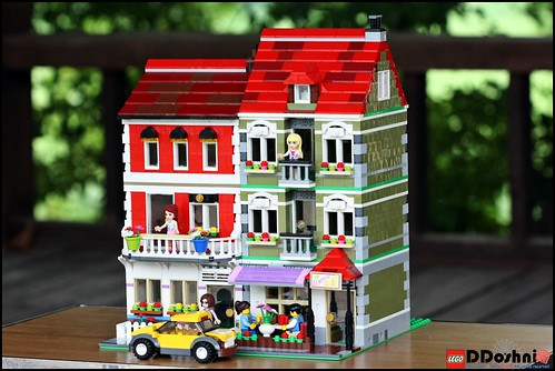 LEGO Creation House