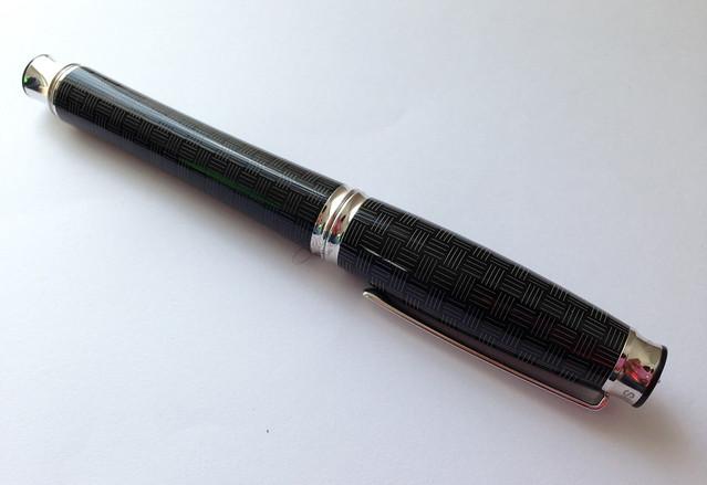 Review: @SignumPenItaly Intreccio Fountain Pen - Medium @NotemakerTweets