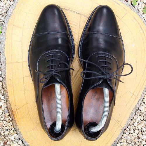 ある営業マンの靴 JALAN SRIWIJAWA