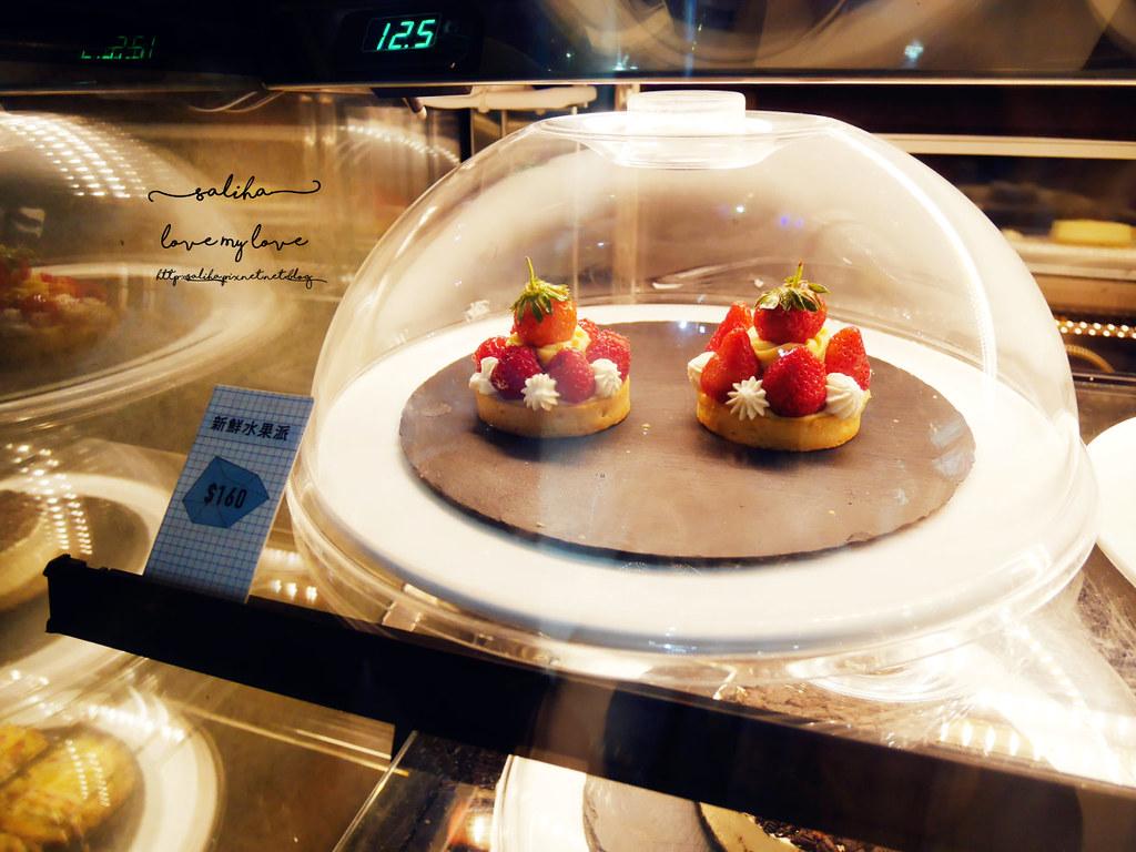 台中精誠二街超美玻璃屋偷偷 Toutou Cuisine下午茶咖啡館推薦 (8)