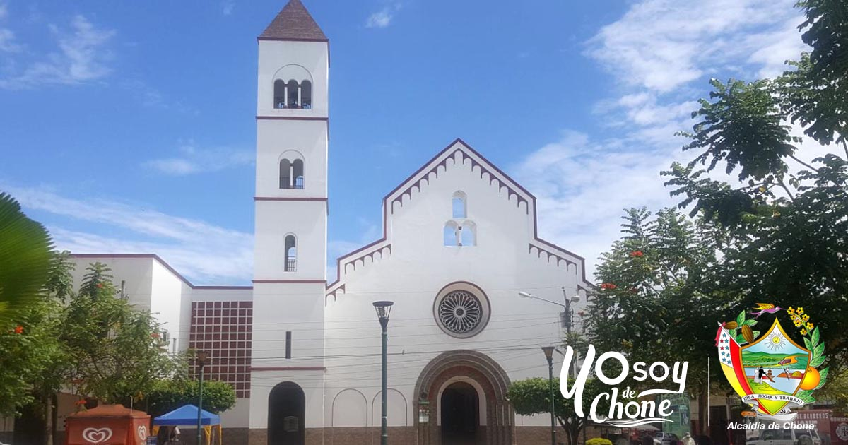 Iglesia San Cayetano de Chone cuenta con nuevo sistema de campanario
