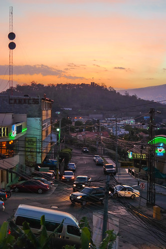 sunset samsung honduras tegucigalpa missiontrip centralamerica centroamerica franciscomorazan samsungcamera nanpalmero nx300 mirrorlesscamera samsungnx300 imagelogger ditchthedslr