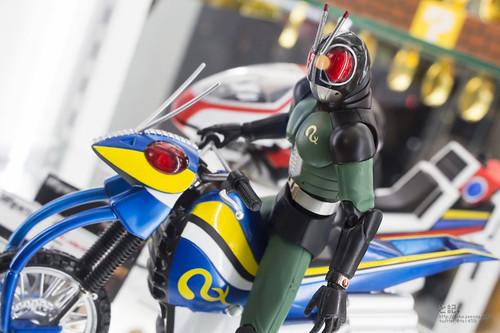 [Comentários] Kamen Rider - S.H.Figuarts - Página 3 13641345174_65ee124387