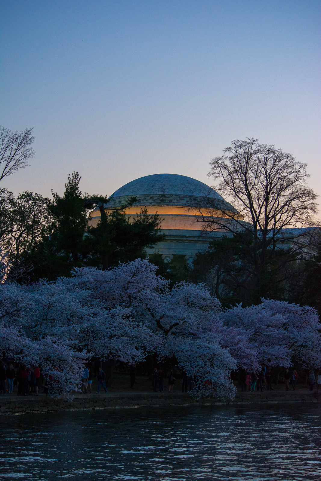 Jefferson Memorial sunset 005 - Washington DC - 2014-04-10