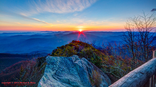usa sunrise landscape geotagged spring unitedstates hiking tennessee hdr cosby greatsmokymountainsnationalpark gsmnp photomatix crestmont sigma1020mmf456exdc mountcammerer canon7d nashvillehikingmeetup catonsgrove geo:lat=3576359037 geo:lon=8316127746